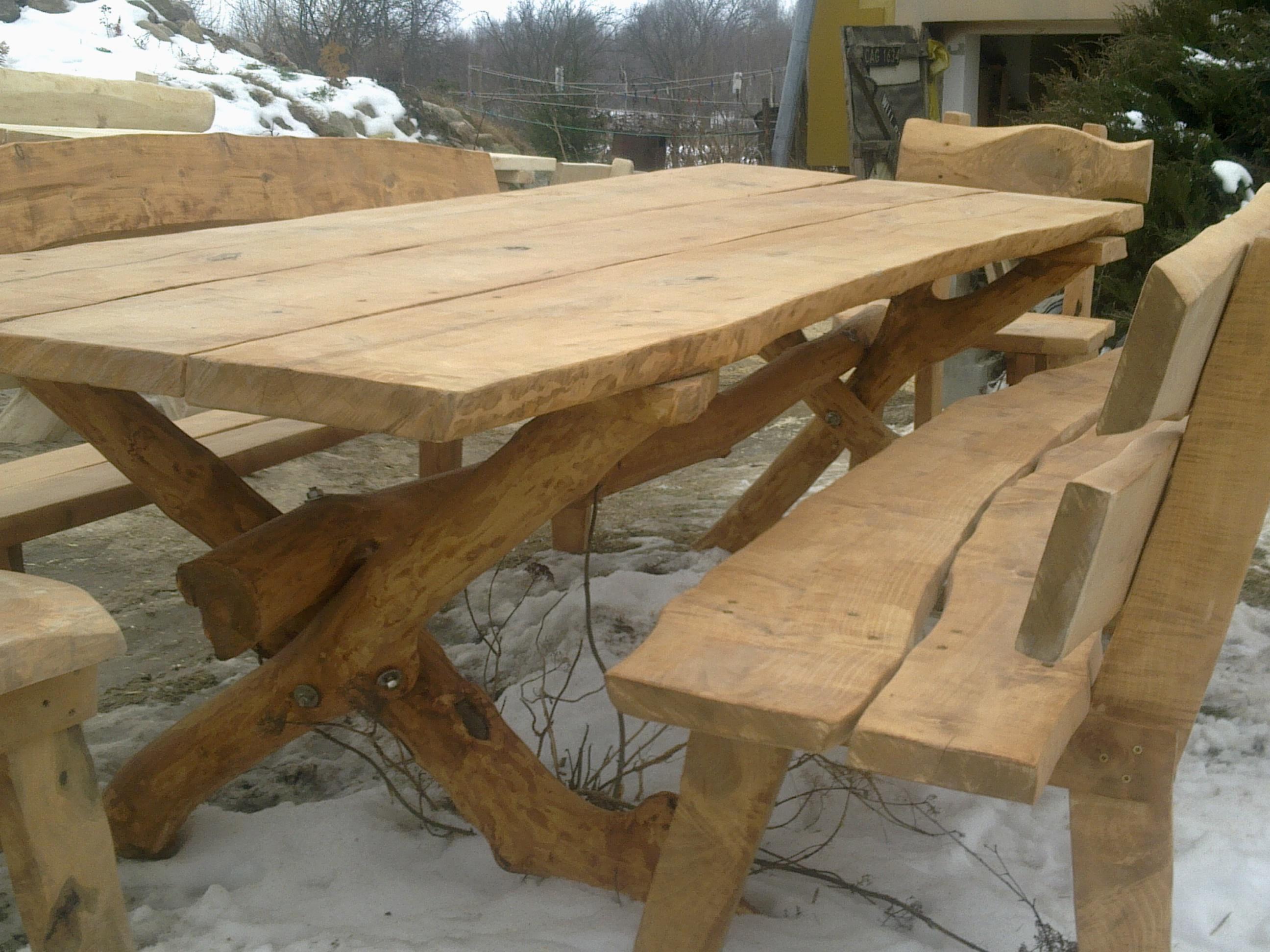 Galeria Biznesu  Meble ogrodowe drewniane